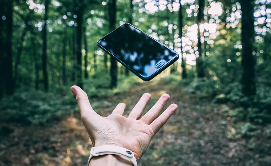 Hochschlagfeste Materialien für mobilen Schutz