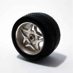 Recycelbare Materialien für Spielzeugräder + Reifen